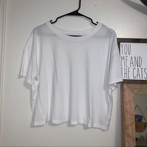 Old Navy cropped tee!
